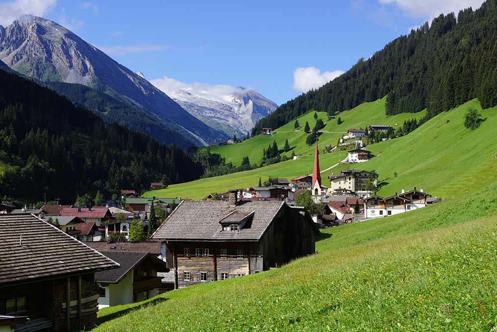 Lanersbach im Tuxertal in Richtung Südwesten