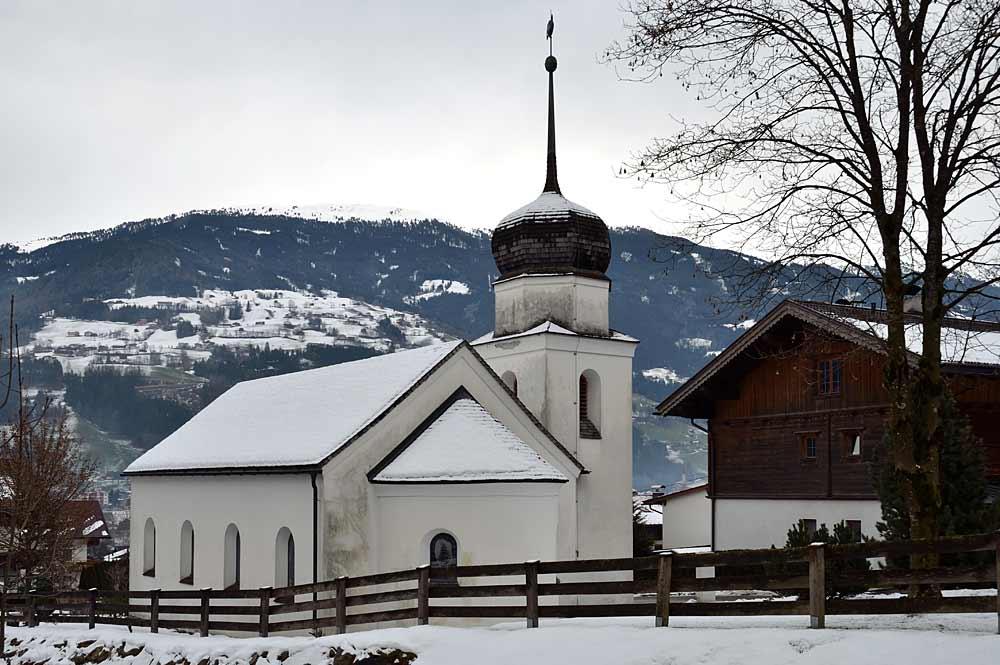 Die Kapelle Mariä Heimsuchung in Kaltenbach im Winter