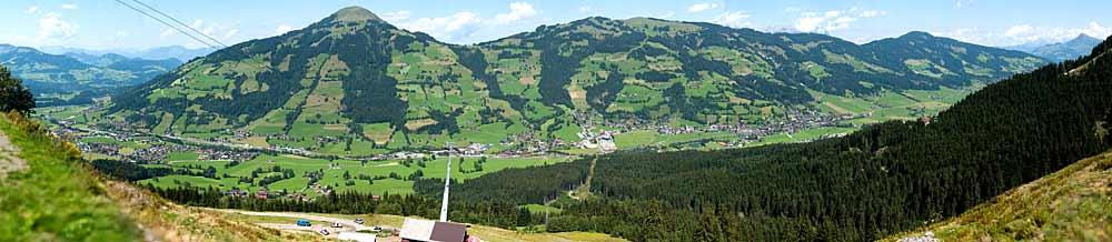 Panoramaaufnahme von Brixen im Thale