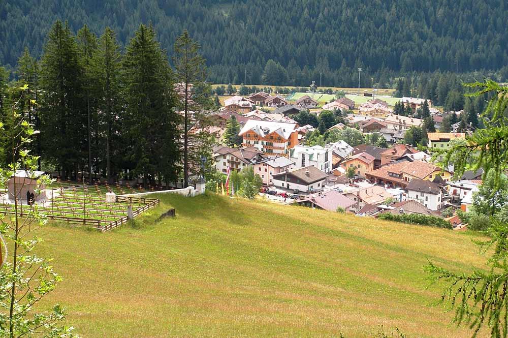 Blick auf die Gemeinde Vigo di Fassa