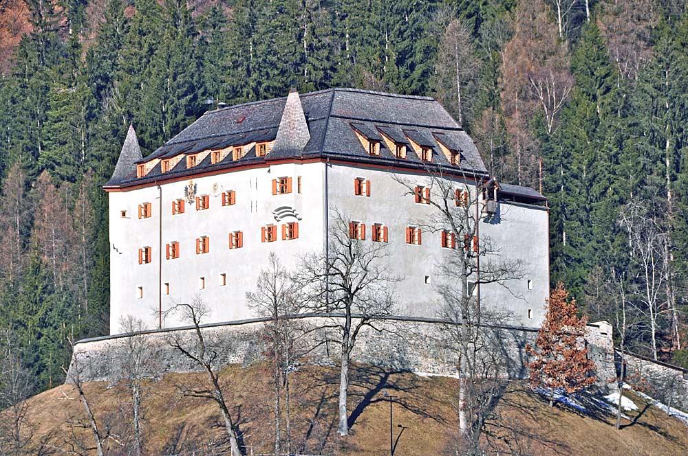 Schloss Lengberg in Nikolsdorf