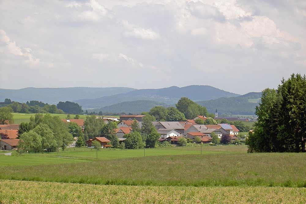 Blick auf Witzelsmühle, einen Ortsteil von Treffelstein