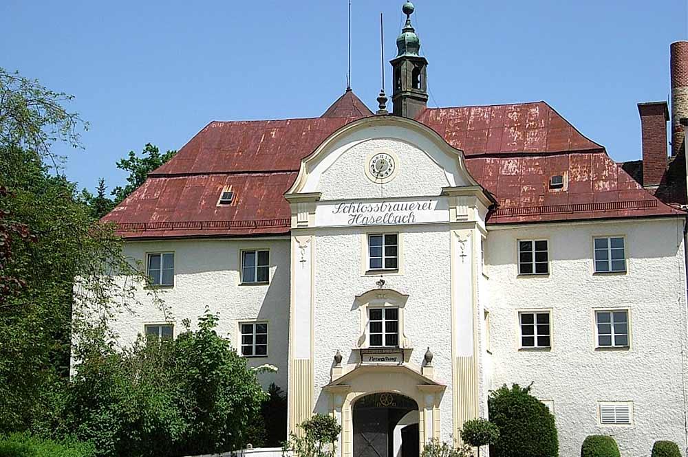 Schloss Haselbach bei Tiefenbach