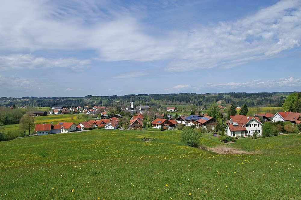 Blick auf die Gemeinde Hohenweiler