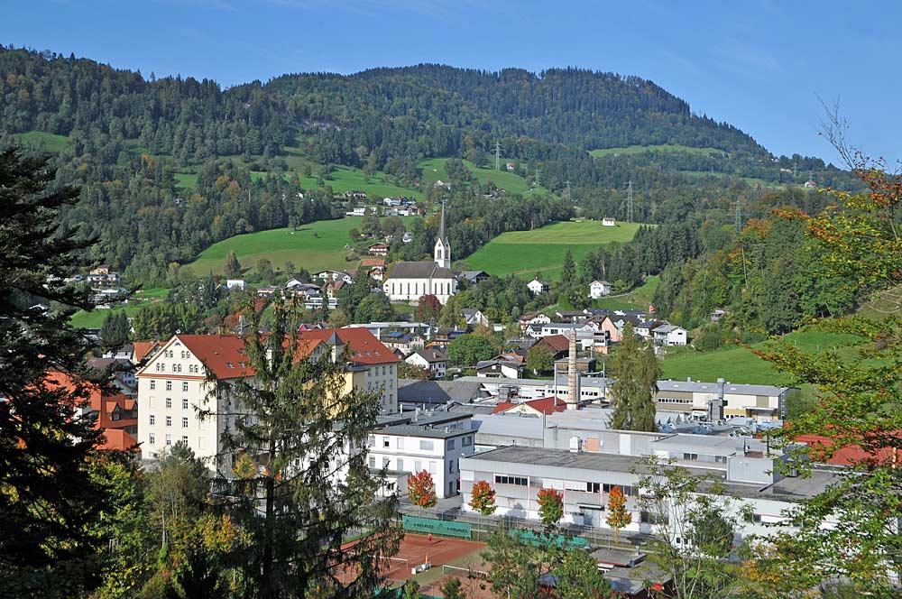 Gemeinde Kennelbach mit Pfarrkirche St. Josef