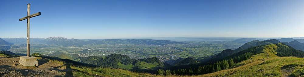 Morgenpanorama vom Gipfel der Hohen Kugel bei Klaus