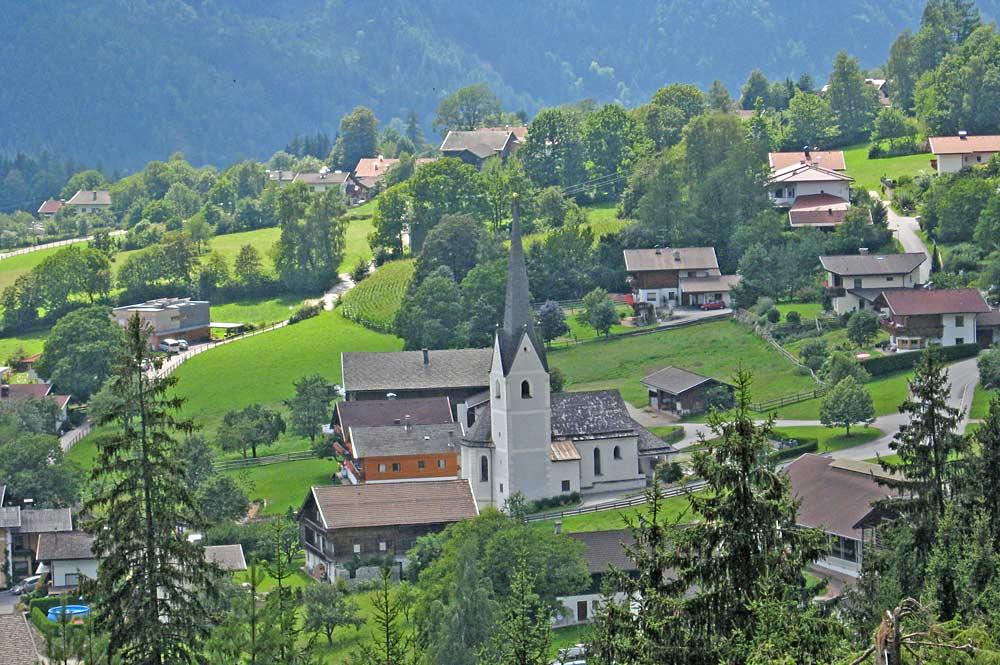 Blick auf die Gemeinde Thurn