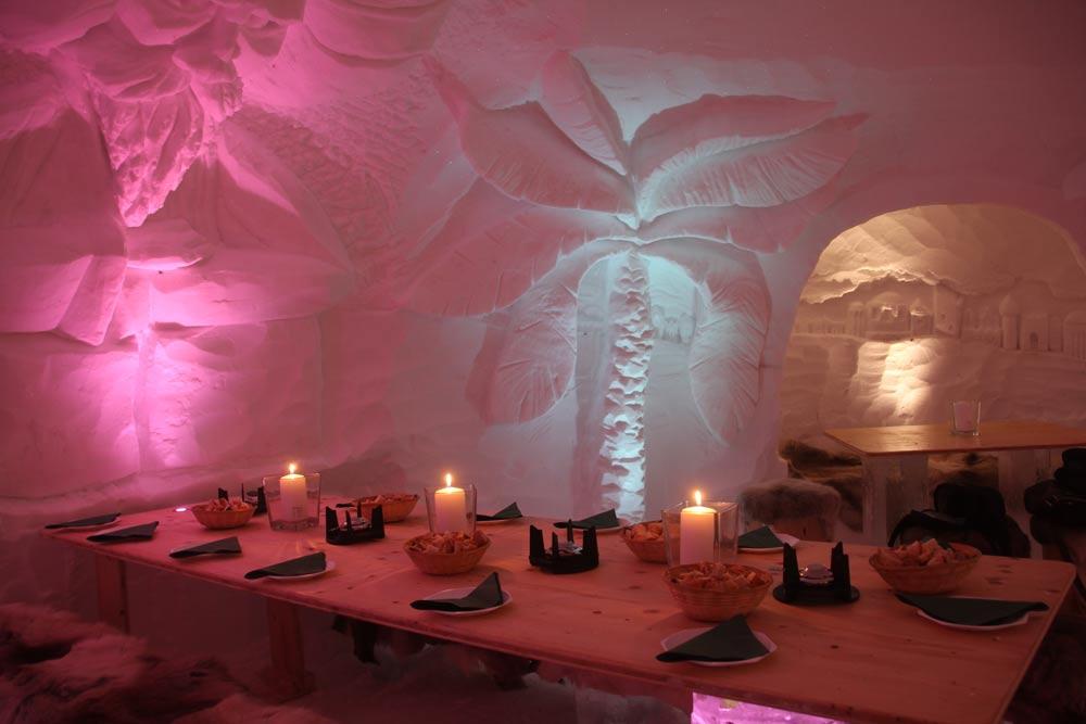 Das gemütliche Restaurant der IgluLodge lädt zum Verweilen ein