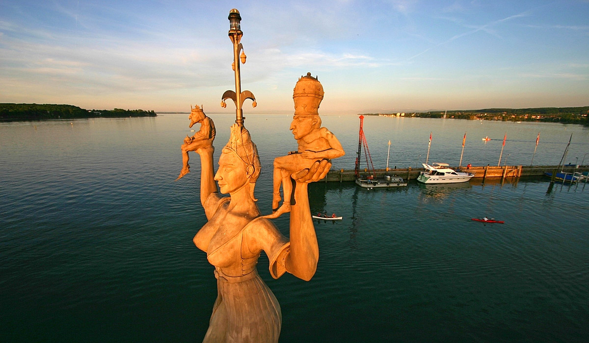 Blick auf die Imperia im Konstanzer Hafen © Internationale Bodensee Tourismus GmbH / Fotograf: Achim Mende