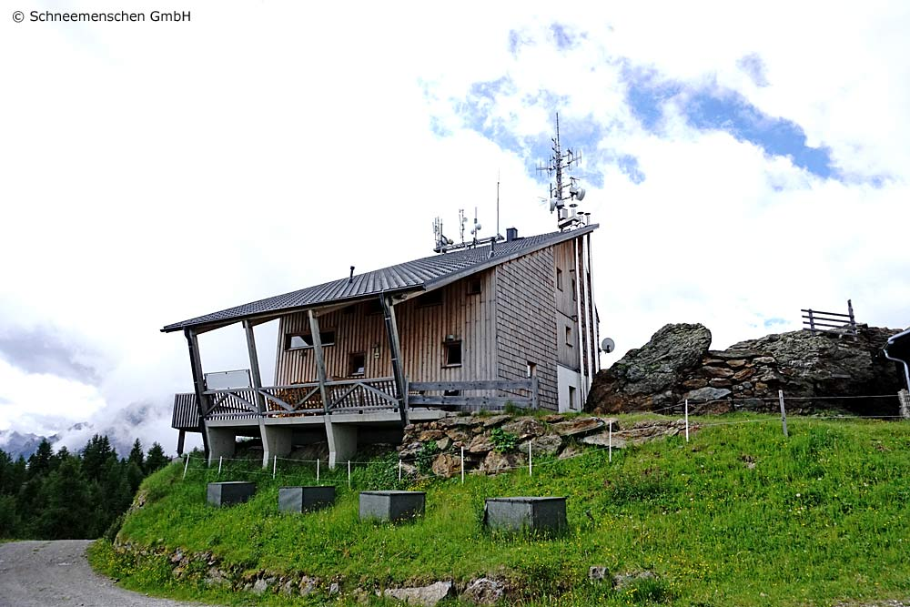 Erster Blick auf die Hochsteinhütte bei Lienz