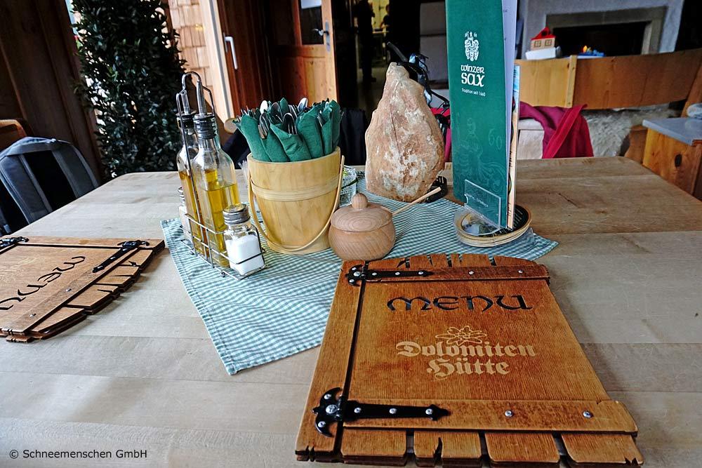 Speisekarte in der Dolomitenhütte