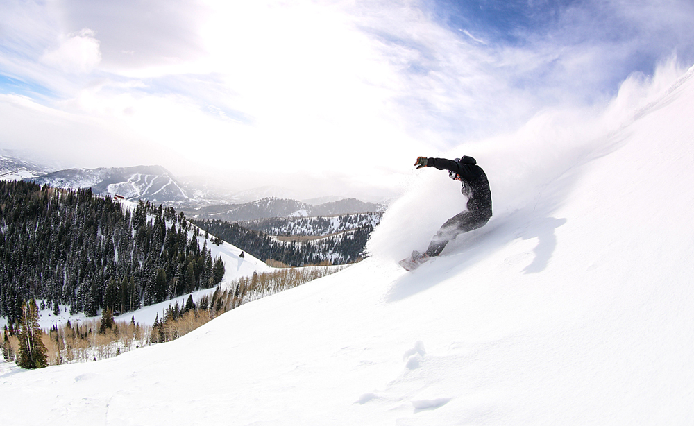 Snowboarder auf der Murdock Bowl in Park City