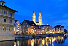 Grossm&uuml;nster bei Nacht