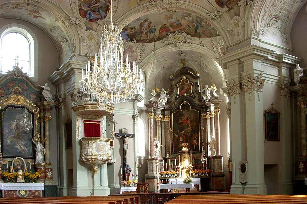 Innenraum der Pfarrkirche St. Veit in Zell am Ziller
