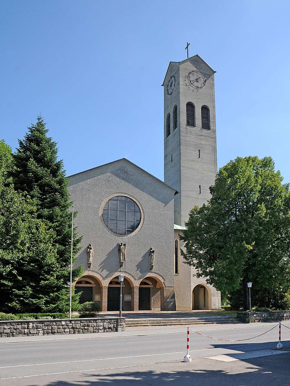Katholische Pfarrkirche Zum göttlichen Erlöser in Lustenau