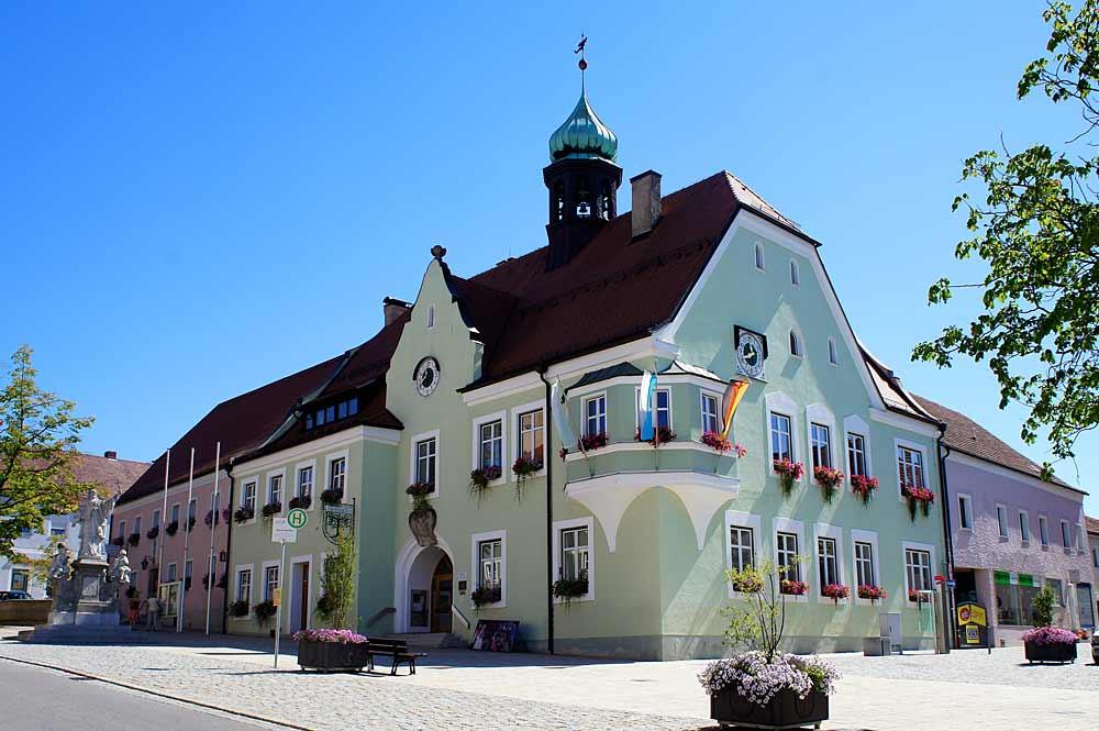 Blick auf das Rathaus von Waldmünchen