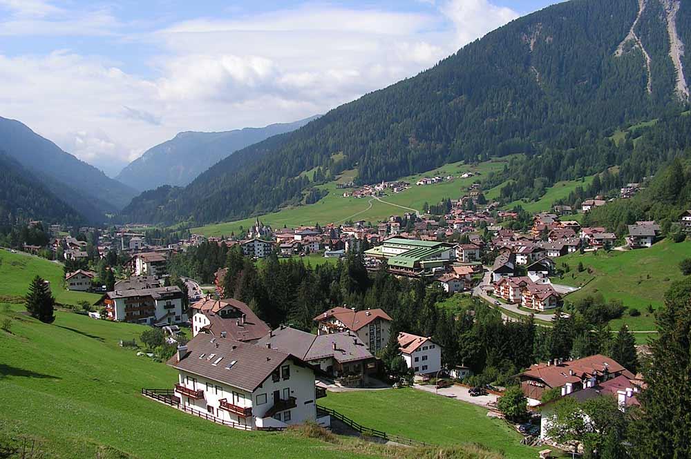 Blick auf die Gemeinde Moena