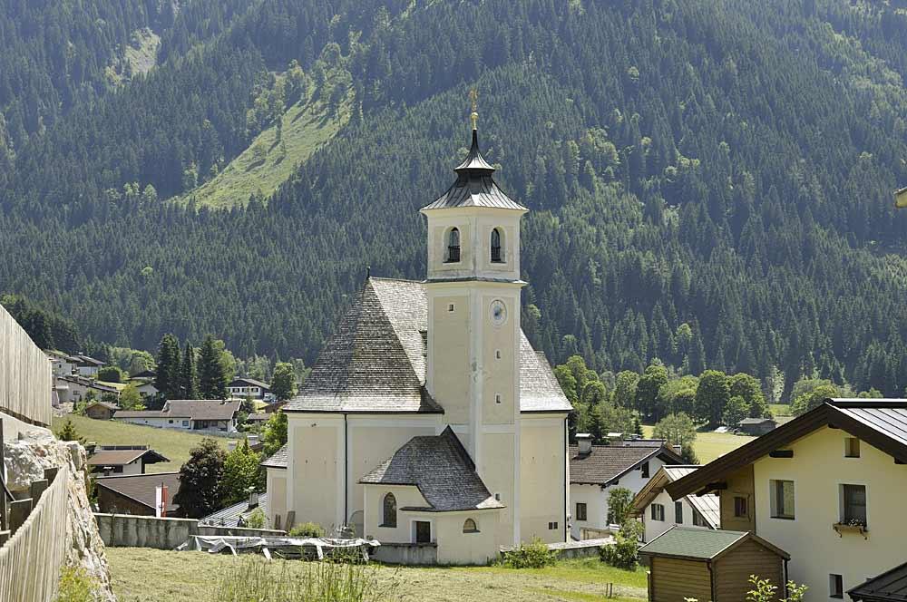 Die Expositurkirche Hl. Kreuz in Kirchberg