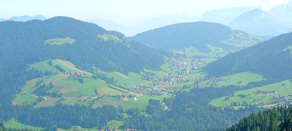 Blick in die Wildschönau und den Hauptort Oberau