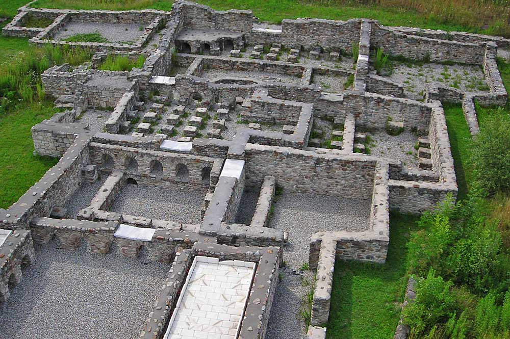 Ruine der Therme der ehemaligen römischen Stadt Agentum bei Dölsach