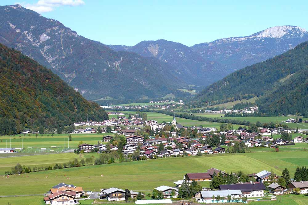 Blick auf Kirchdorf in Tirol