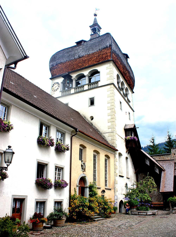 Blick auf den Martinsturm, das Wahrzeichen von Bregenz