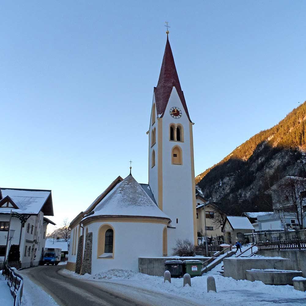 Pfarrkirche St. Rochus in Schnann