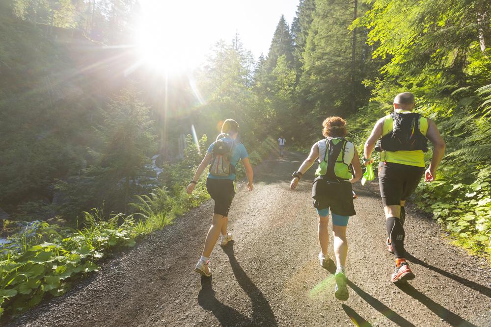 Läufergruppe beim Montafon Arlberg Marathon