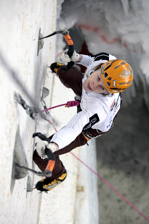 Teilnehmer beim Ice Climbing World Cup in Saas-Fee