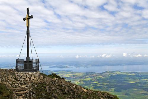 Das Gipfelkreuz auf dem Hochfelln