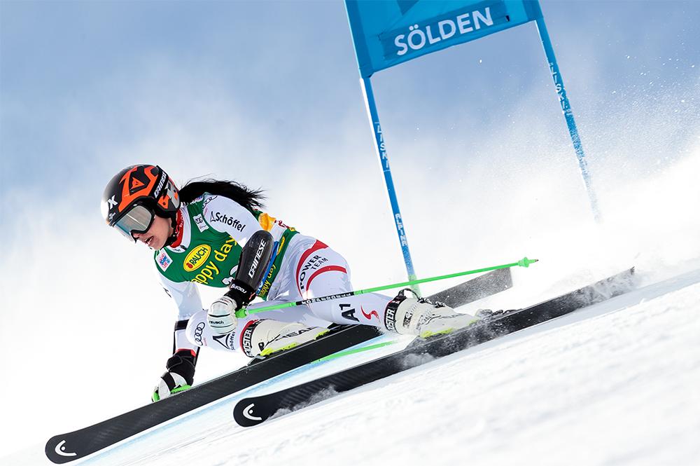 Eine Skifahrerin beim Audi Fis Skiweltcup 2017