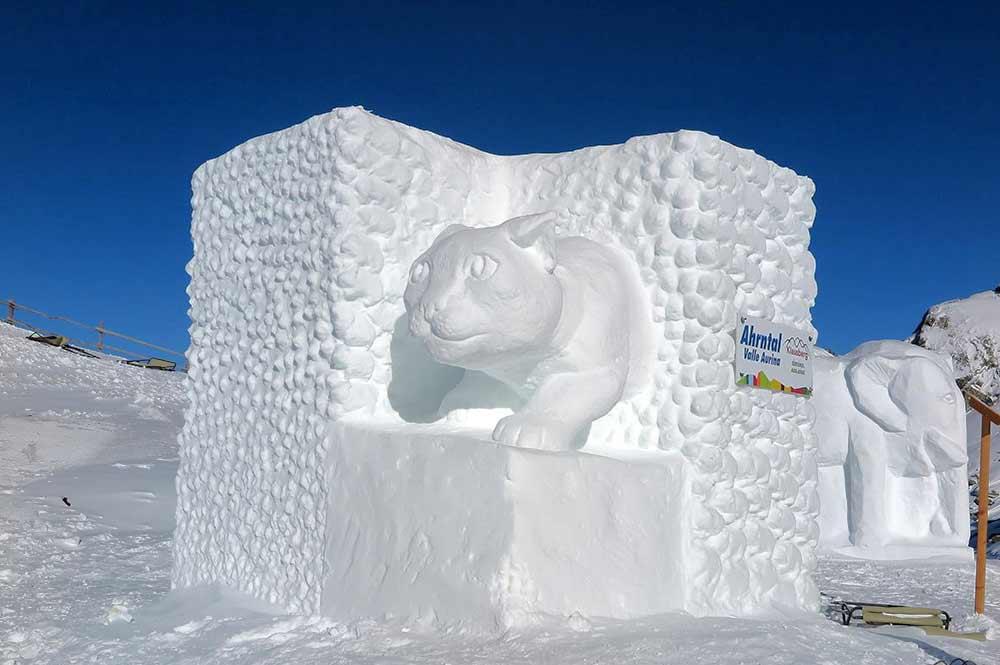 Katze aus Eis bei den Klausberg Ice Games