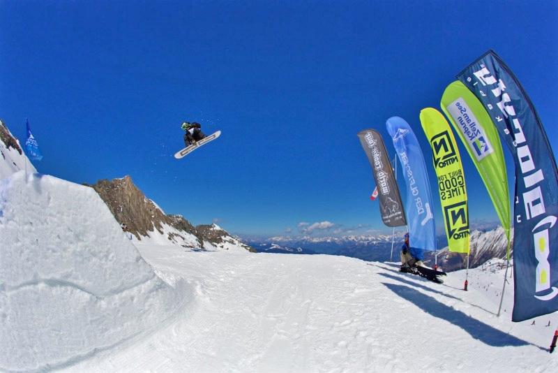 Snowboarder bei der Protest World Rookie Tour
