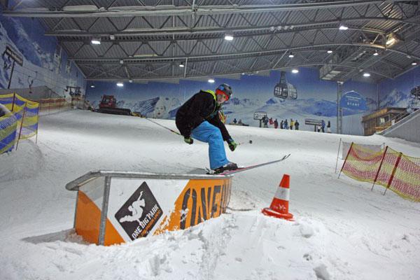 Funpark in der Jever Fun Skihalle Neuss