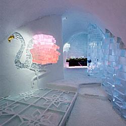 Deluxe-Suite im Icehotel Jukkasjärvi
