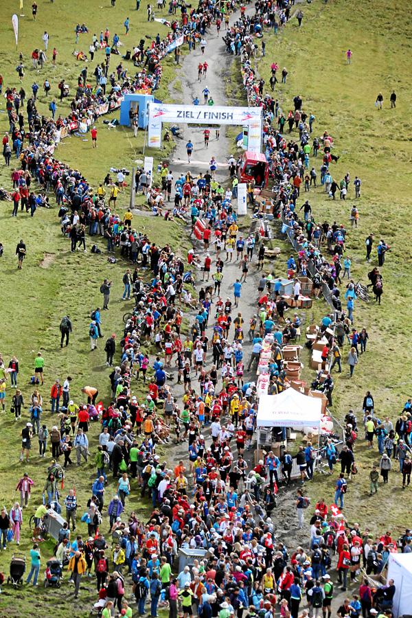 Zielbereich des Jungfrau Marathons auf der Kleinen Scheidegg