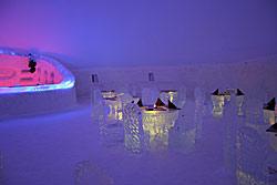 Eisrestaurant im SnowVillage Finnland