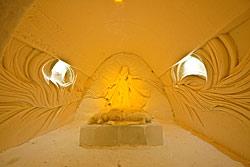 Flitterwochen-Suite im Schneeschloss LumiLinna