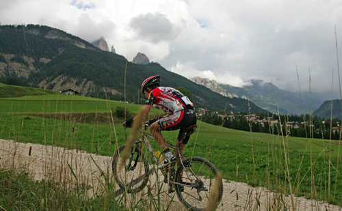 Mountainbiker beim Val di Fassa Bike Marathon