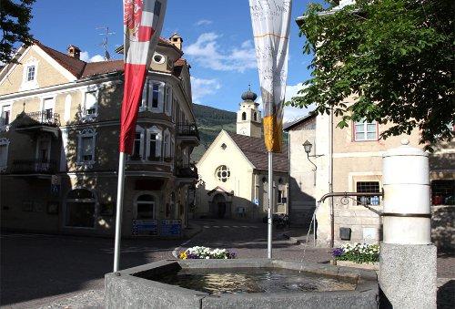 Blick auf den Marktplatz von Glurns