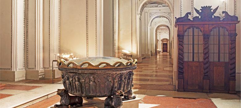 Das Taufbecken von Joseph Mohr im Salzburger Dom