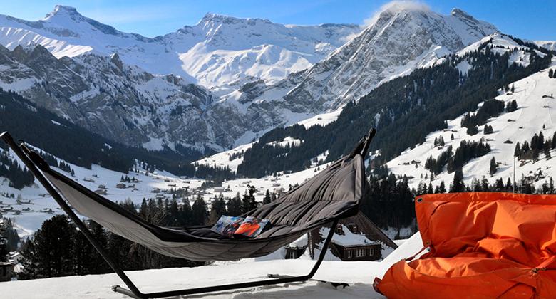 The Cambrian: Schweizer Alpen im Hintergrund