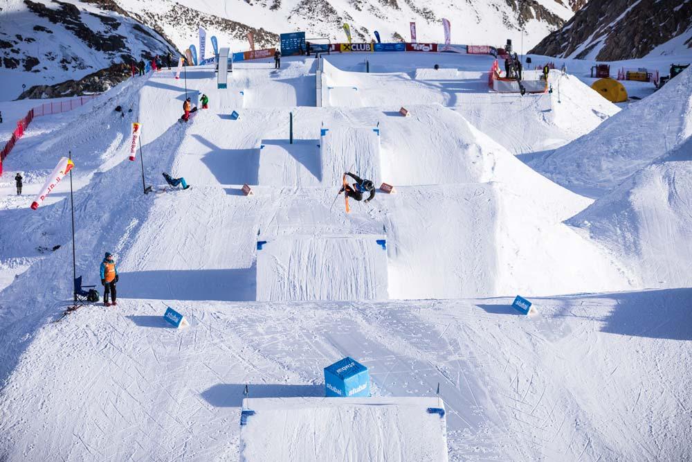 Strecke beim Freestyle Worldcup am Stubaier Gletscher