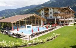 Außenanlage Hotel Wöscherhof im Zilletal
