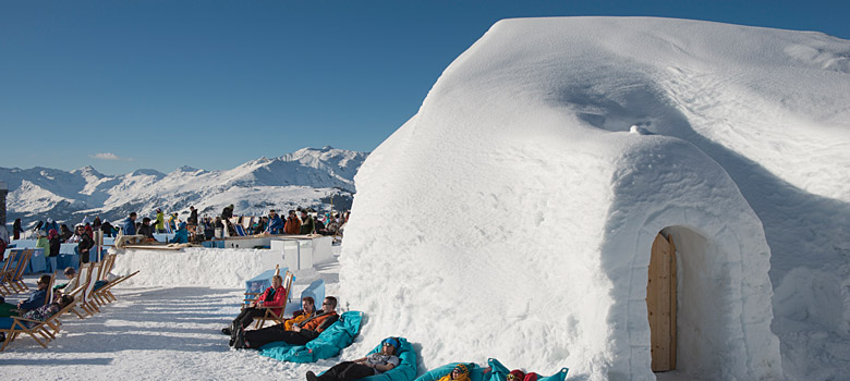 Iglu Dorf White Lounge in Mayrhofen