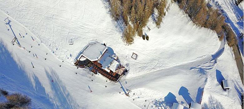 Luftaufnahme von Eugen's Obstlerhütte in Sölden