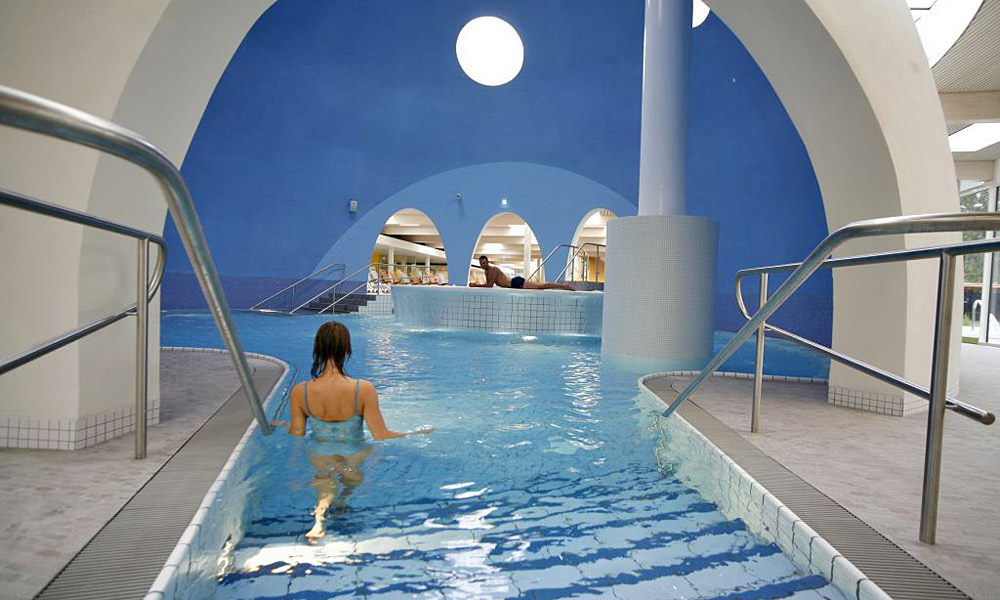 Pool in der Therme Bad Aibling Foto: Therme Bad Aibling