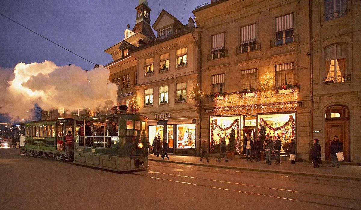 Per Dampftram die Stadt entdecken © Bern Tourismus