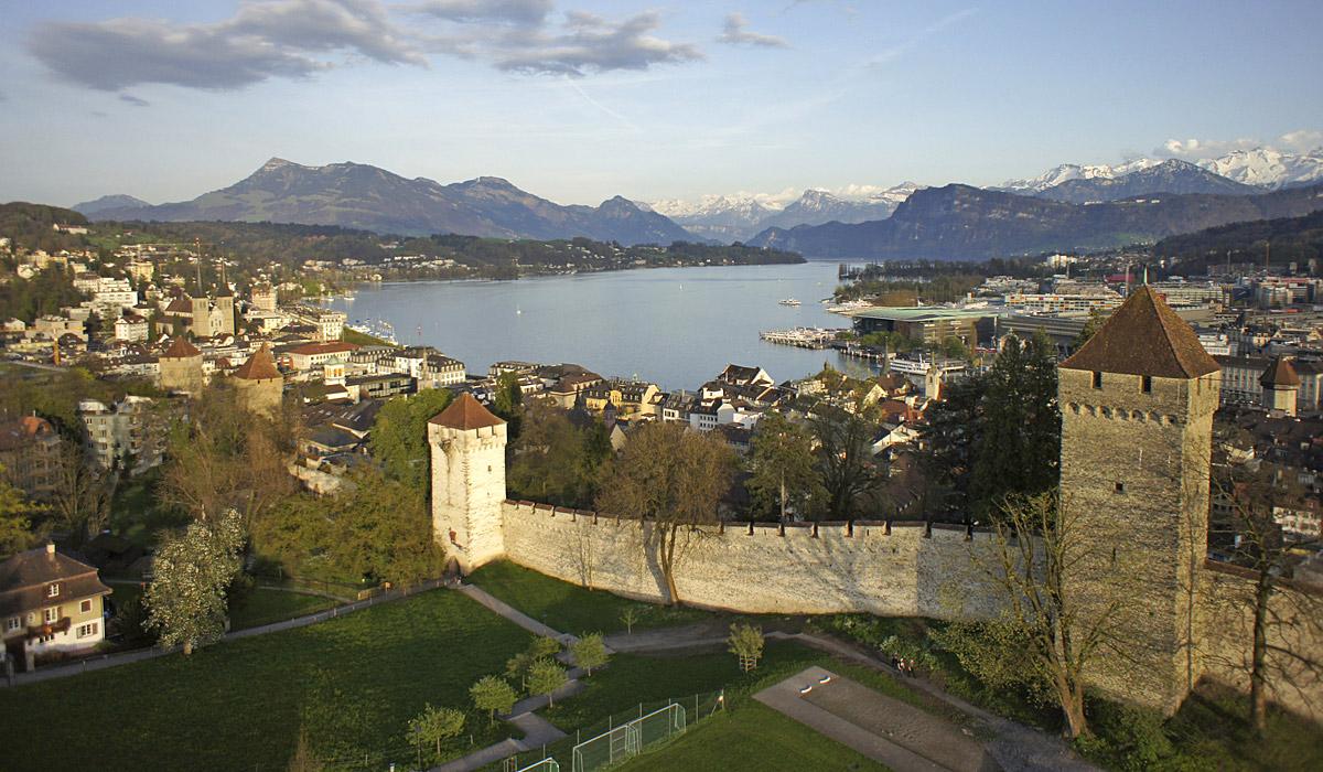 Die Stadtbefestigung Murseggmauer in Luzern © Luzern Tourismus/AURA Fotoagentur