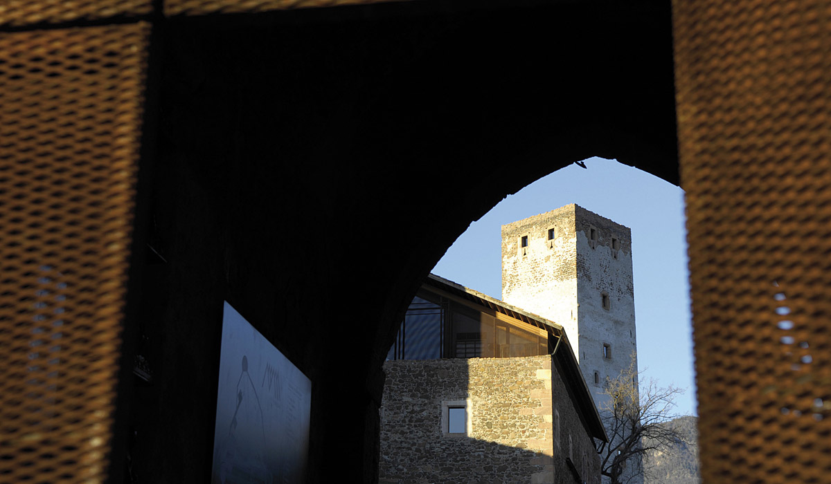 Blick auf Schloss Sigmundskron © Südtirol Marketing / Helmuth Rier